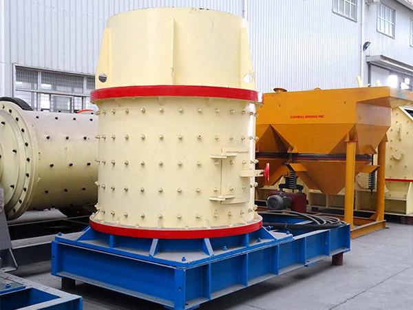 立式破碎机结构简单合理、运行成本低。利用石打石原理,磨损小